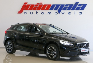 Volvo V40 Cross Country Plus D3 150 Cv (LEDs) (15.000 KMS)